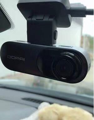 行车记录仪哪个好 无屏隐藏式 盯盯拍mola n3 怎么样?